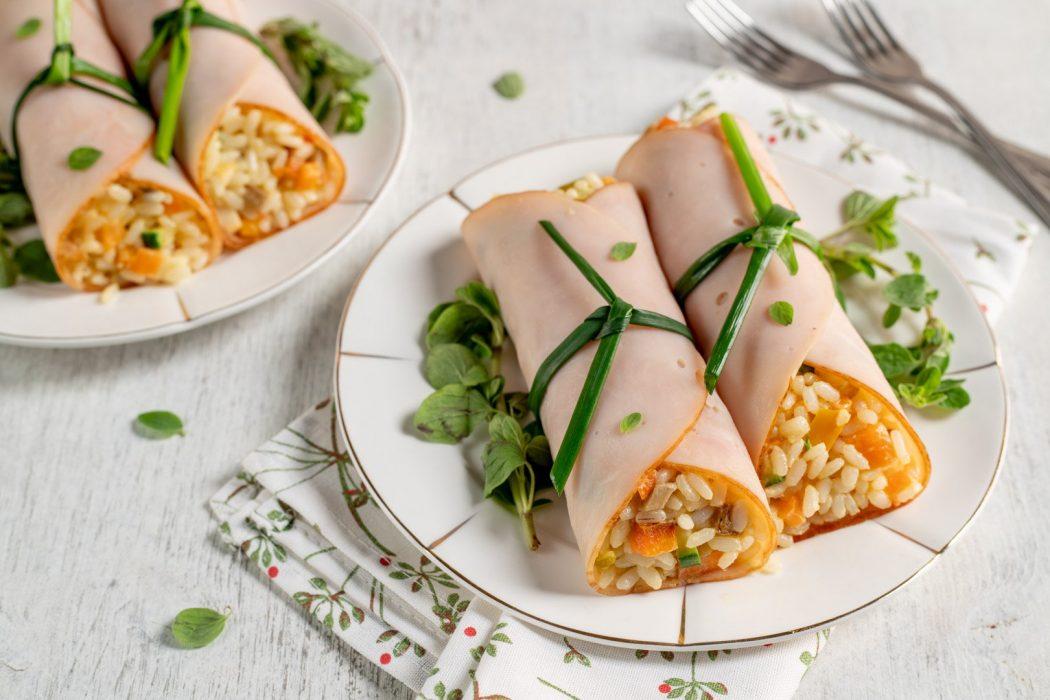 Involtini di tacchino ripieni di riso e verdure
